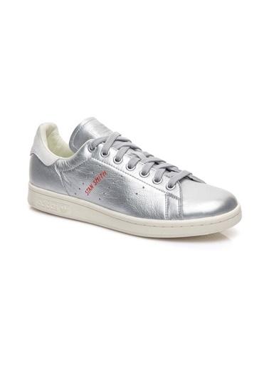 adidas Spor Ayakkabı Gümüş
